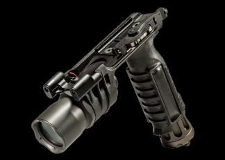 SureFire M900A Vertical Foregrip Weapon Light